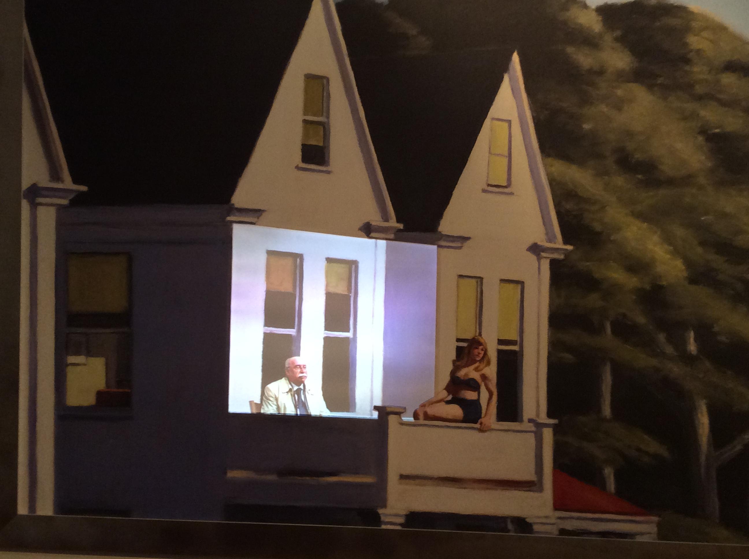 Prof. Franchino Falsetti all'interno di un quadro di Hopper. ( Cortesia organizzazione mostra di Edward Hopper.a Bologna )