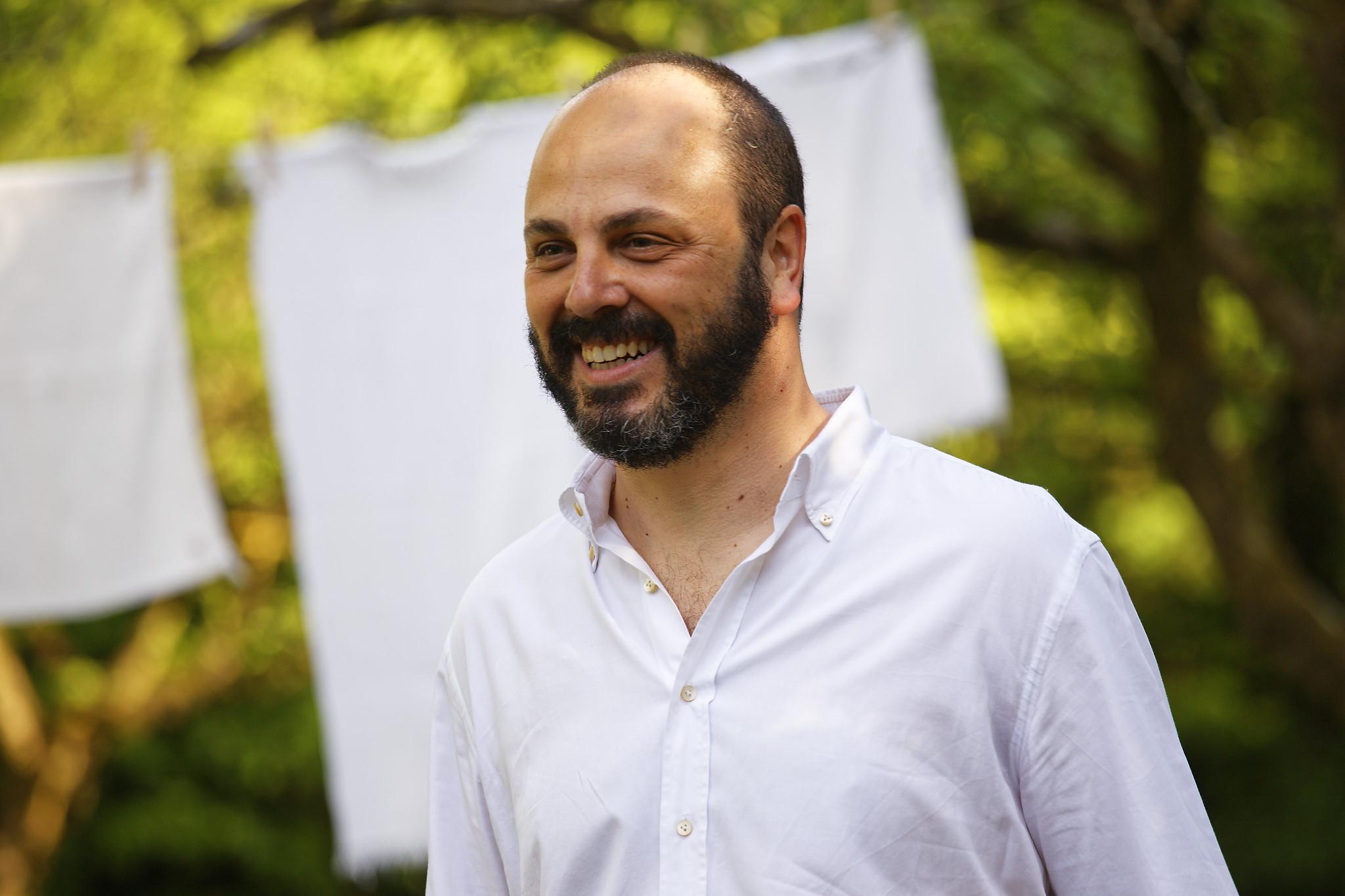 """E. Petroni Nicolaj, autore di """"Ritorno al giardino dei ciliegi"""". (Ph. Roberto Cerè, 2016)"""